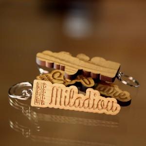 Le porte-clefs en bois Avéron Miladiou
